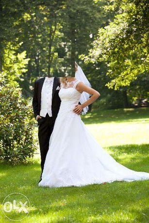 Wyjątkowa suknia ślubna, koloru białego, rozmiar 38/40, stan bdb!