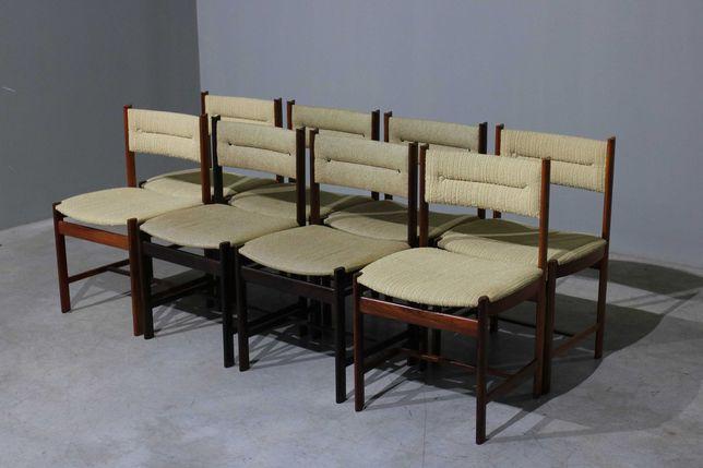 Conjunto de 8 cadeiras de jantar da década de 1960 em pau santo