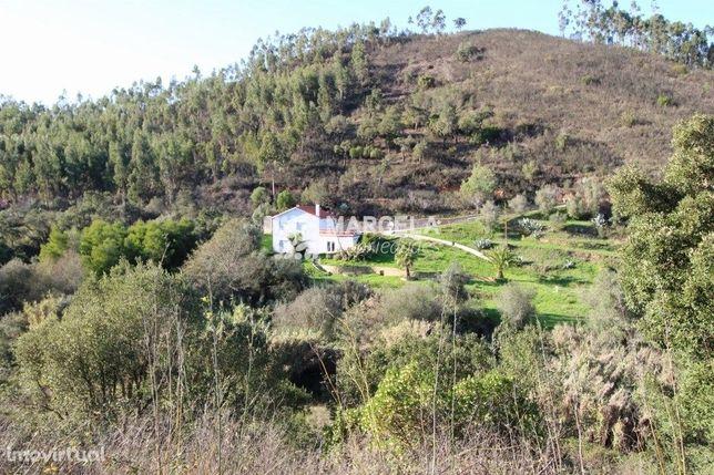 Casa Rural Com Dois Andares E Três Quartos - Monchique