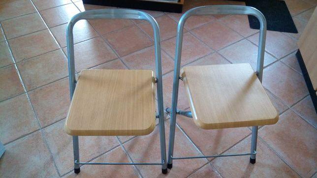 1 banco/cadeira dobravél
