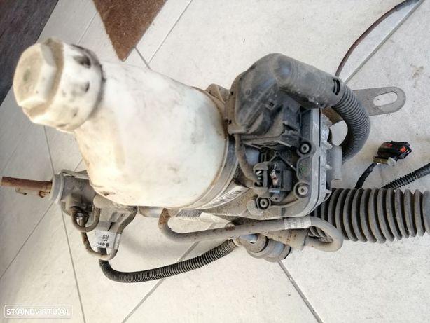 Bomba de direcção assistida Opel Zafira B Astra H