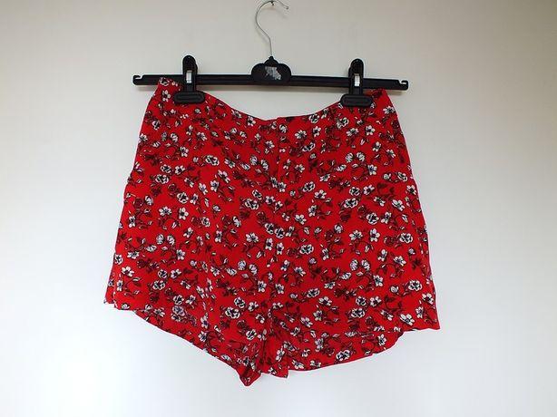 czerwone szorty spodenki w kwiaty kwiatki H&M Divided 38 lato zwiewne