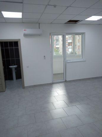 Оренда офісу 40 м кв, 5000 грн Коновальця 100 WHITE CENTER