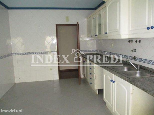 Apartamento T2 C/ Lugar Garagem