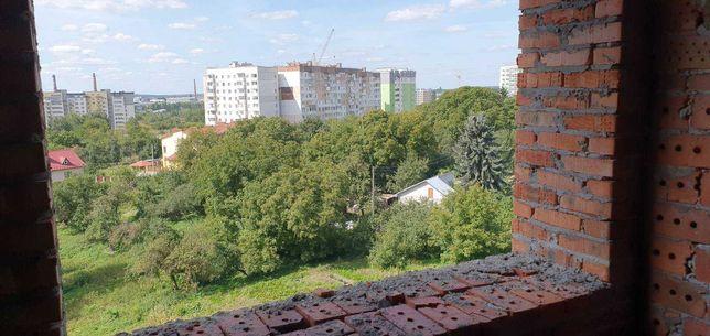 Трикімнатна квартира в новобудові 14000 гривень за 1 кв.м
