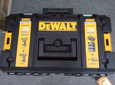Набір інструментів De Walt DCK266P3
