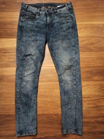 Spodnie Jeansy Cropp  rozmiar M/L