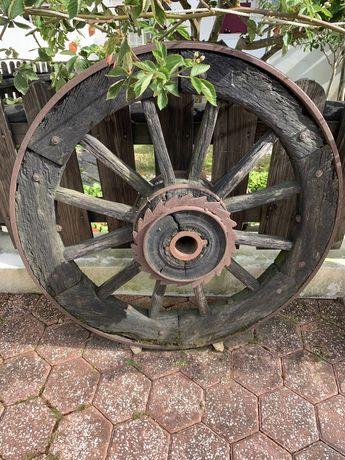 Roda de carro de bois