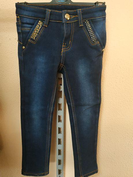 Новые джинсы на флисе 4-5 лет