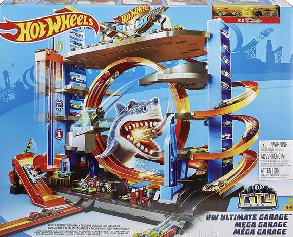 Трек Hot Wheels Мега гараж с акулой Mattel FTB69 б/у