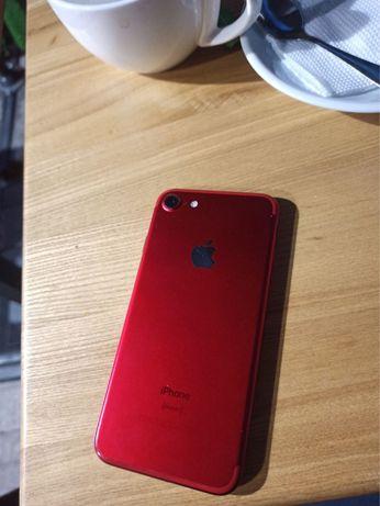 Iphone 7 в хорошем состоянии red 8,x