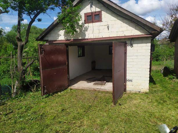 Продам гараж в м. Бар