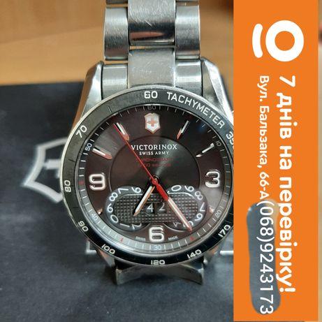 Часы Victorinox Swiss Army 1/100 V241618
