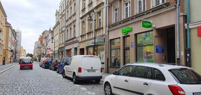 Sprzedam lokal w centrum Opola z Zabka