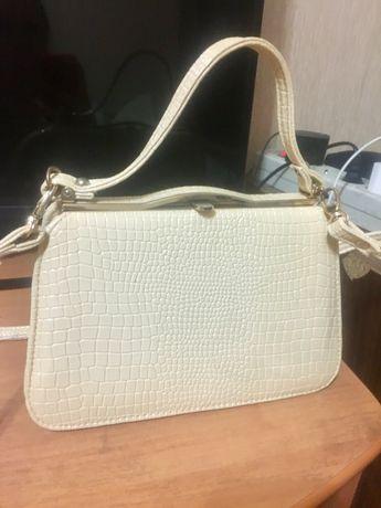 Продам отличную сумочку