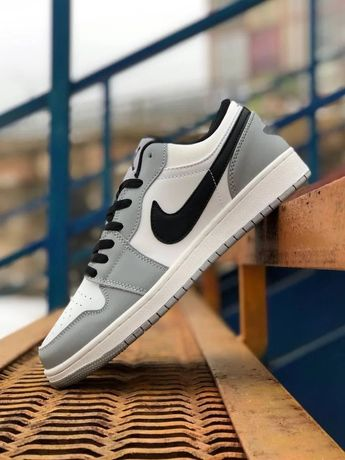 Мужские кроссовки Nike Air Jordan Retro 1 Low Grey White