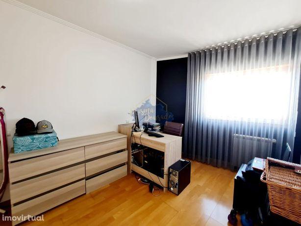 Apartamento T2 em São João de Ver- Último Andar