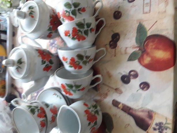 Сервизы чайные(смотри фото)
