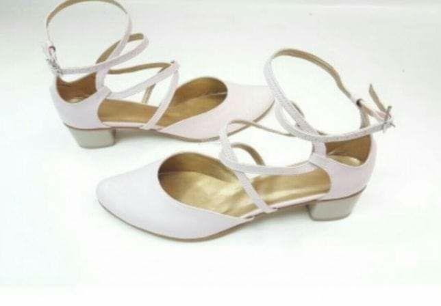 Nowe!! Buty ślubne Casani
