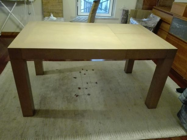 Mesa extensível de madeira maciça