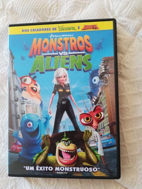 """DVD Infantil """"Monstros vs Aliens"""""""