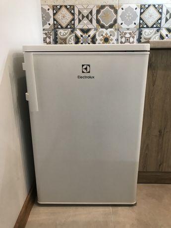 Nieduża lodówka z zamrażarką Electrolux