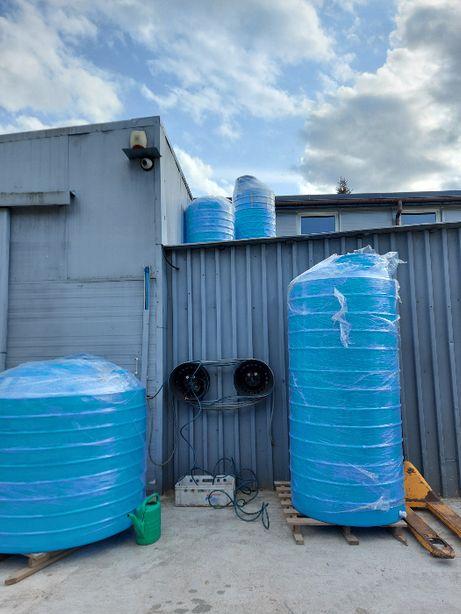 Zbiornik na wodę pitną, niebieski lub biały 2000 l - hurt-detal