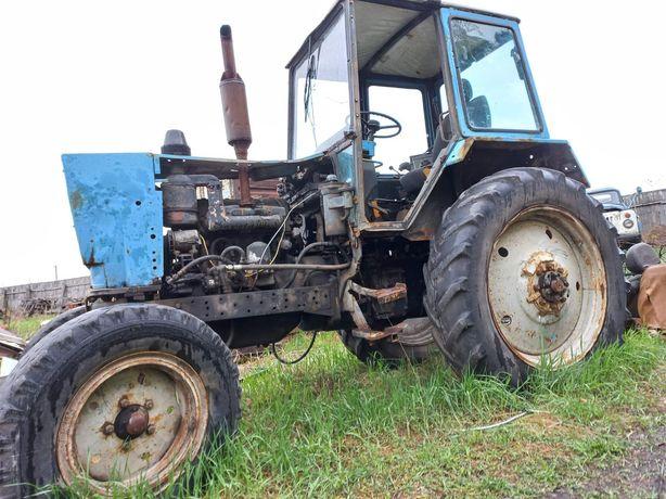 Трактор ЮМЗ 6 робочий