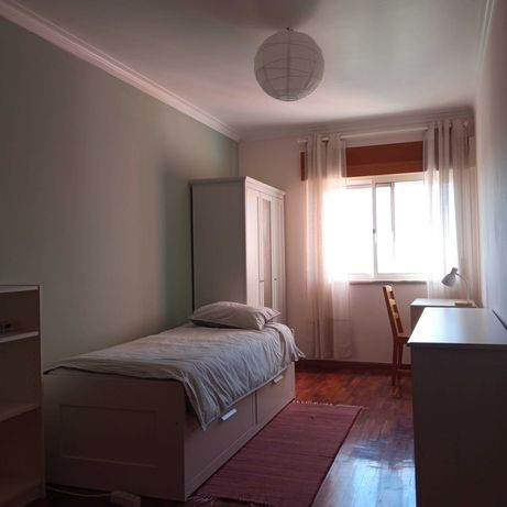 Aluga-se quarto em São Marcos (Tagus Park/Oeiras/Atlântica)