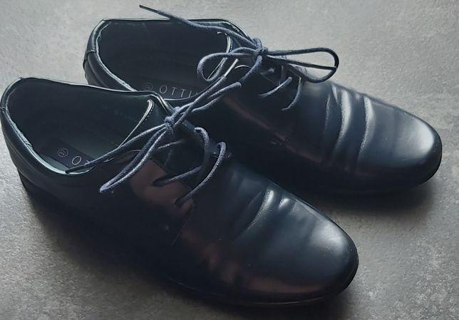 Pantofle chłopięce r 37