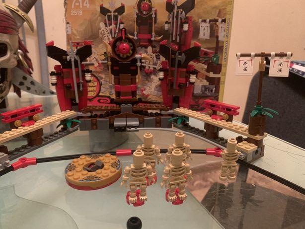 набор Лего 2519 Битва скелетов
