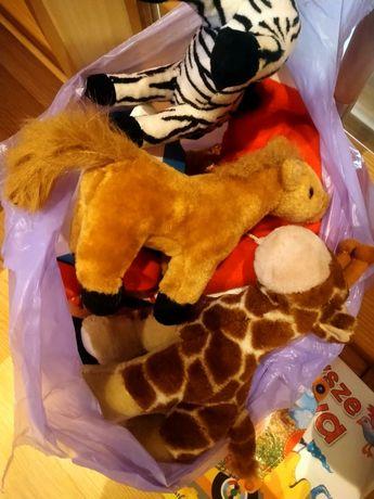 Zabawki dla dziecka , pluszaki , klocki , drewniany koń , telefon smyk