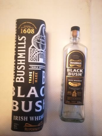 Caixa e garrafa Bushmills - Black Bush Irish Whiskey