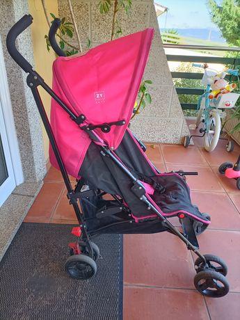 Carrinho de bebê para passeio