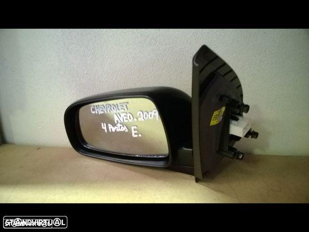 Espelho Chevrolet Aveo 4 portas