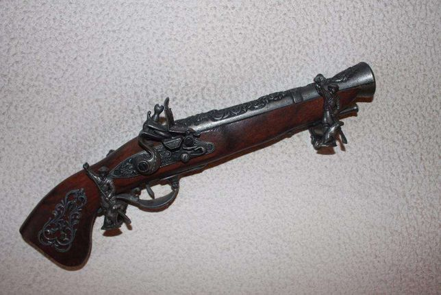 Arma (pistola) medieval antiga