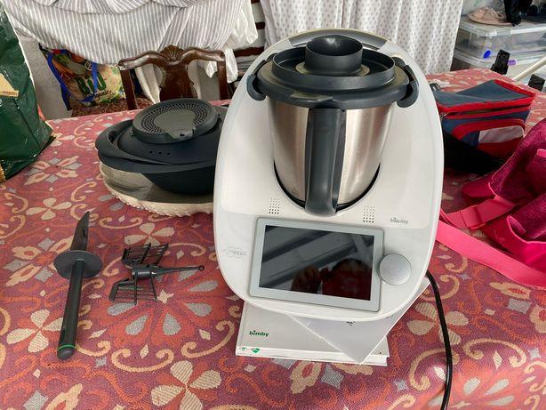 Robô de cozinha Bimby tm6 com respetivos utensílios originais