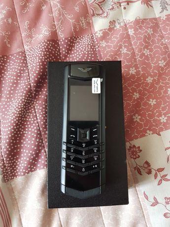 VERTU мобільний телефон