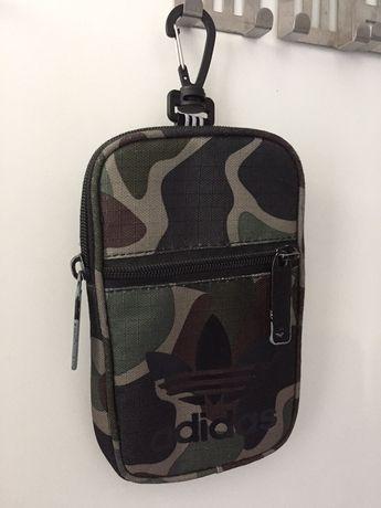 Key pouch adidas torebka