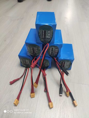Li-lon аккумулятор 12,6 вольт для кораблика из банок 18650 9Ач, 15 Ач