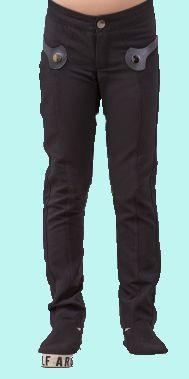 Новые черные школьные брюки на девочку с сайта БАРБАРИС, размер 152