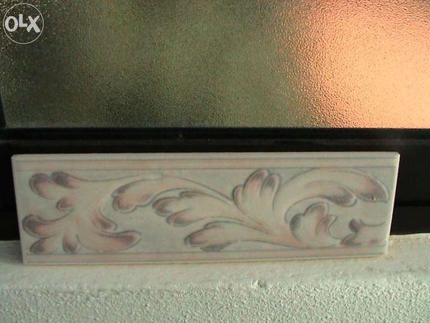 Barras de azulejos decorativas