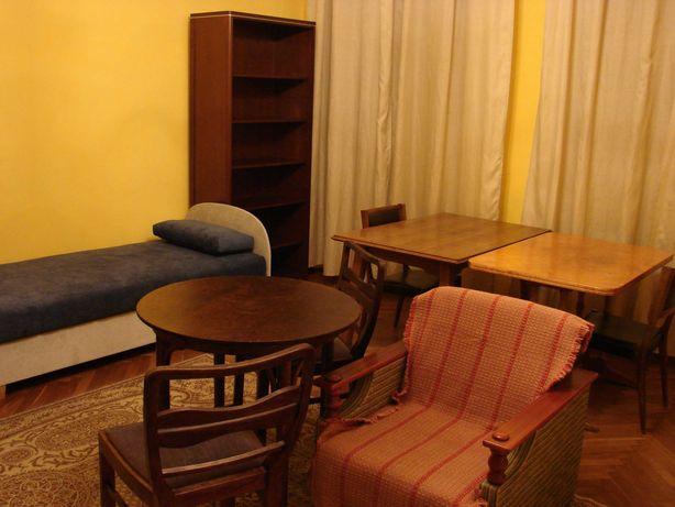 Wynajmę duży pokój 2-osobowy dla dwóch studentek w centrum Krakowa