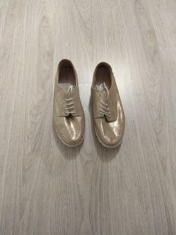 Buty damskie Lasocki nowe