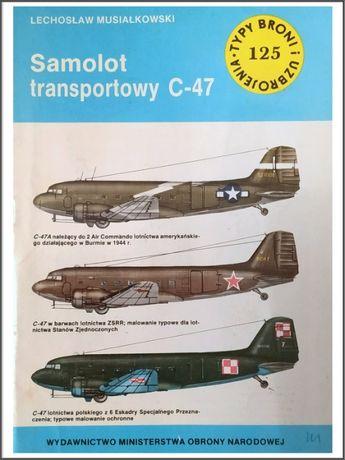 Samolot transportowy C-47 - Lechosław Musiałkowski