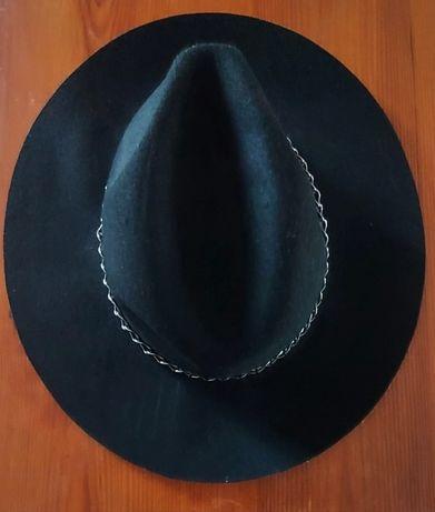 Wełniany kapelusz Cropp