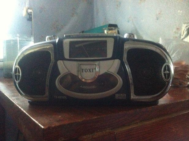 Магнитофон TOXI TX-9978DL.
