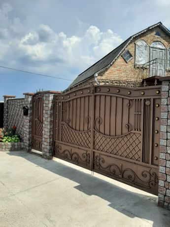 Продажа дома в Гатное 5 км от м. Теремки