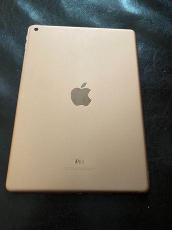 iPad 6. 2018!!! 128!!! Хорошее состояние. Rose gold