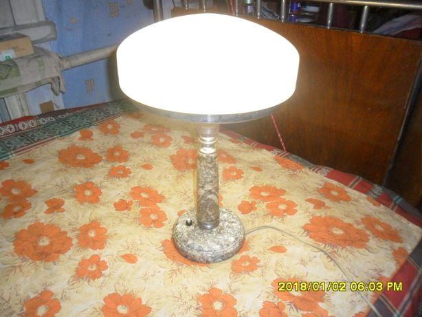 Лампа настольная кабинетная